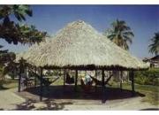 Vacaciones en Coveñas, Club los Almendros