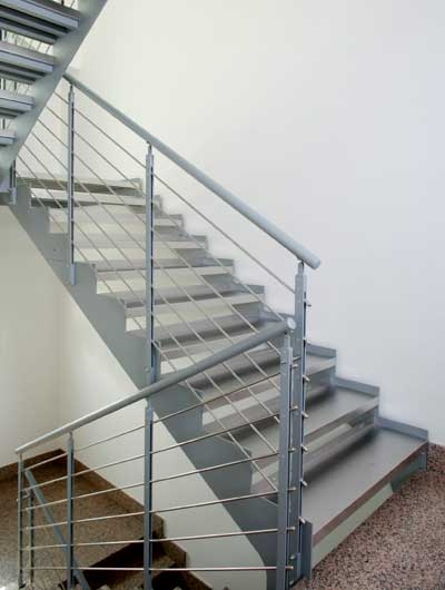 Precio barandilla acero inoxidable excellent vuelos for Escalera exterior de acero galvanizado precio