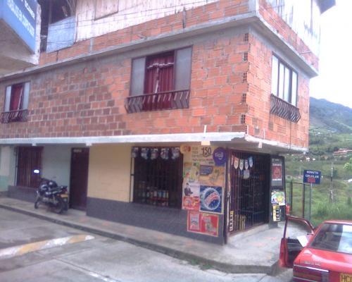 Fotos de vendo o cambio casa en dosquebradas risaralda casa chalet - Cambio casa por chalet ...