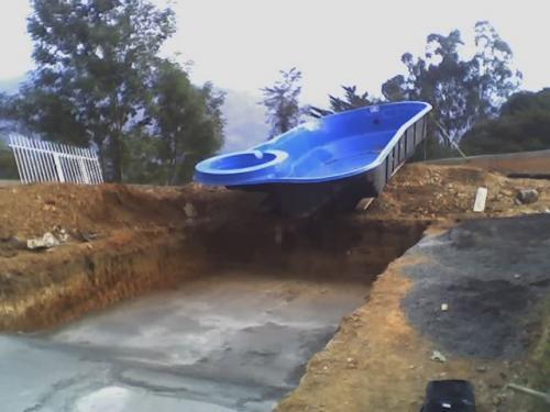 Fotos de molde para fabricar piscinas cundinamarca for Fabricar piscina
