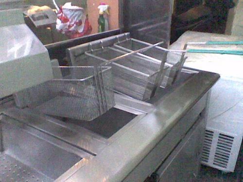 Fotos de freidora y asador de carne casi nuevos bogot for Freidoras bogota