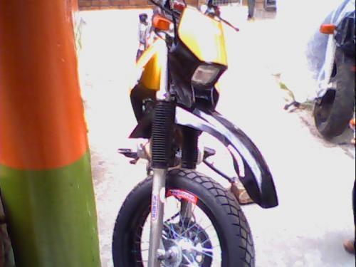 fotos de moto xt 225 4 tiempos personalisada