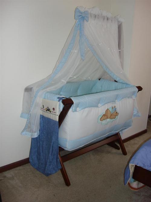 Vendo moises estilo mueble suizo y menaje de bebe en Bogotá ...