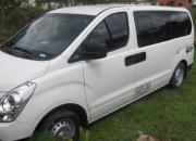 alquiler de camioneta hyundai starex modelo 2009