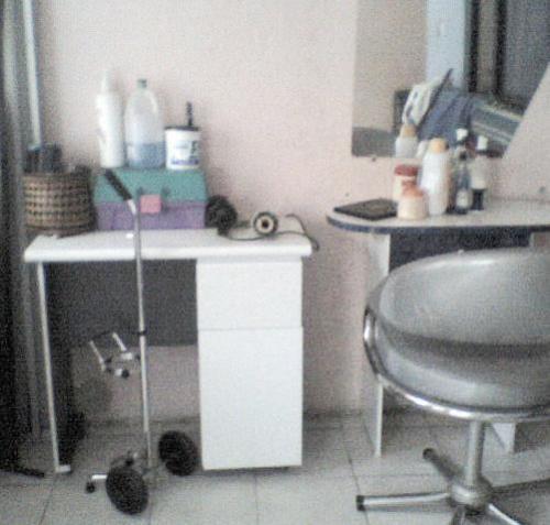 Vendo muebles para salon de belleza en Bogotá, Colombia  Oficinas y