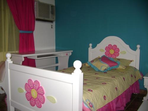 Fotos de fabricacion y dise o de muebles en madera for Diseno de muebles de madera