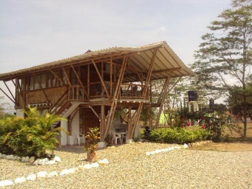 Fotos de caba as campestres en villavicencio pictures to for Villa jardin piedecuesta