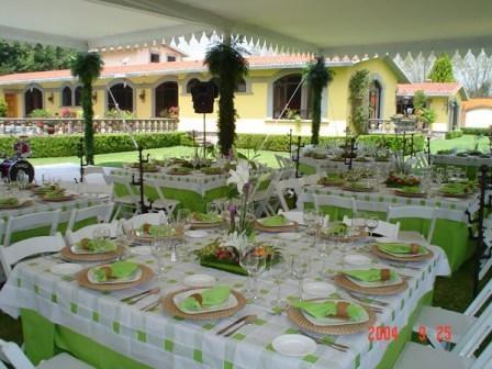 Bodas espectaculares imagui for Arreglo de boda en jardin