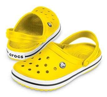 Chaussures Jaunes Femmes Crocs QnE56o