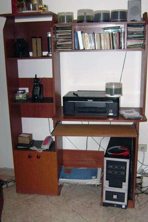 Vendo muebles para oficina o el hogar usados en Bogotá ...