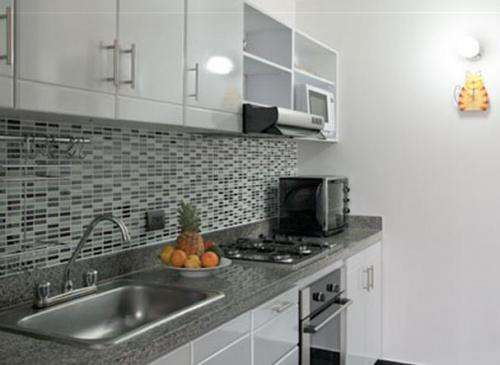Remodelacion de cocinas imagui for Remodelacion banos y cocinas