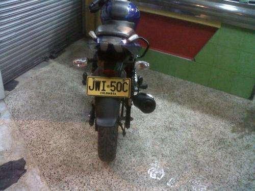Fotos de Vendo moto pulsar 180 modelo 2011 seguro hasta 2013 , con alarma 3