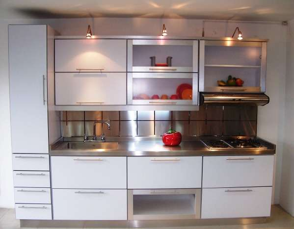 Precio de cocina completa simple cocinas schmidt precios for Cocinas integrales economicas precios