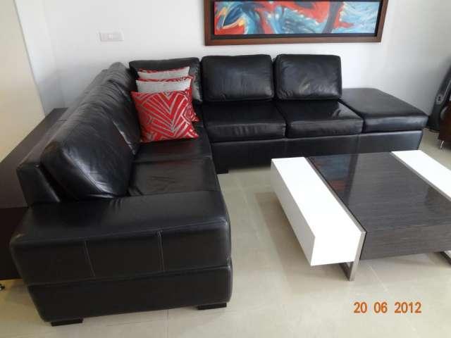 Fotos muebles en l black hairstyle and haircuts - Sofa cuero negro ...