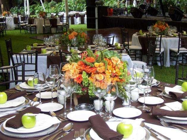 Salones de fiestas para bodas y eventos bodas en panama for Sillas para eventos