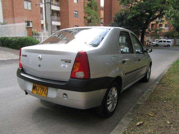 Fotos de Renault logan 1.4 dinamique 2007 perfecto 2