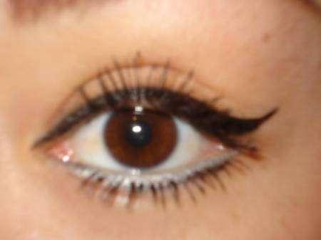 Arreglar las ojeras oscuras en el salón de belleza