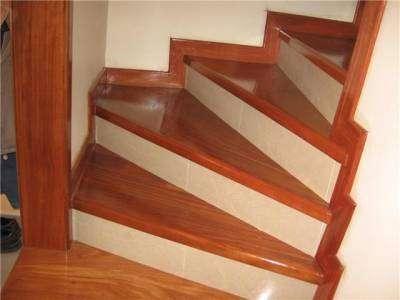 Pisos de madera y escaleras pictures to pin on pinterest for Escalera madera sodimac