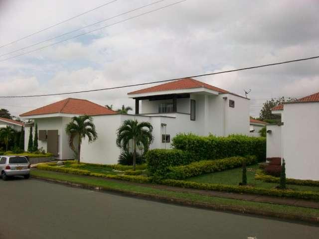 Fotos de casa campestre moderna con piscina propia venta - Casas modernas con piscina ...