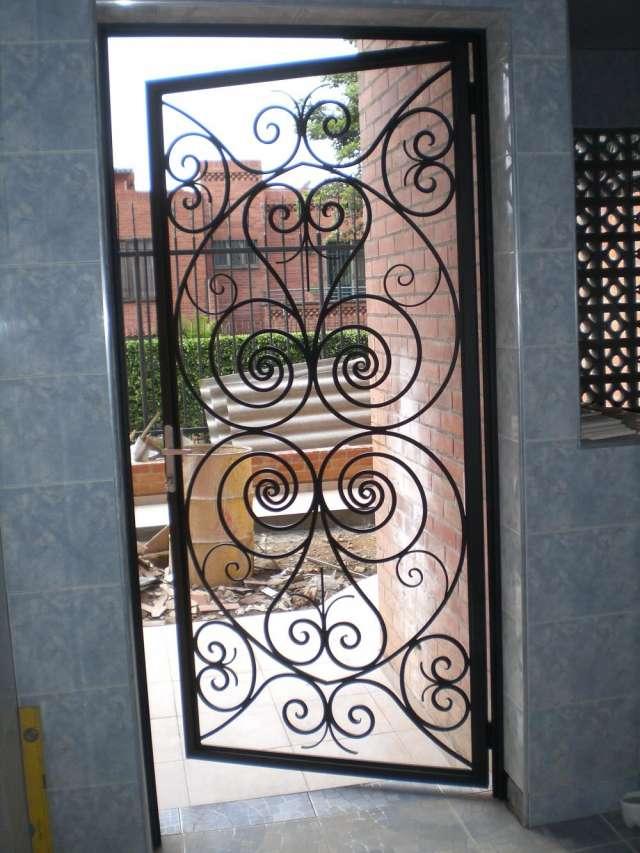 Puertas de forja segunda mano pestillo grande cmts para - Rejas hierro forjado ...