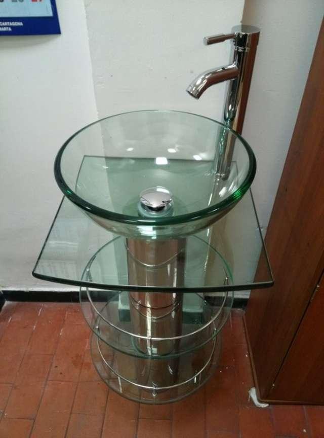 Muebles en vidrio bogota 20170820094528 for Griferias y accesorios para banos