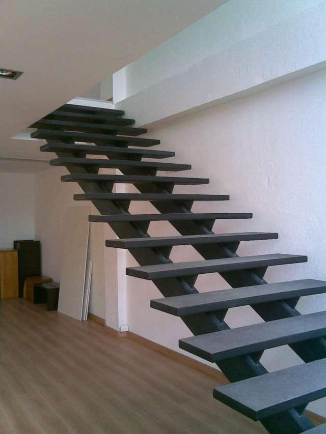Escalera metalicas diseo great modelos de escaleras para - Tipos de escaleras ...
