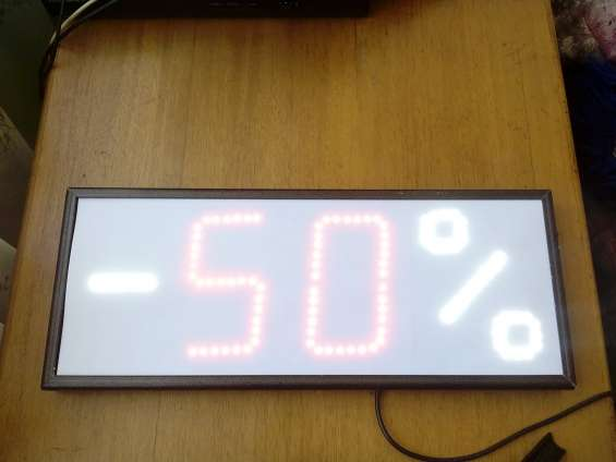 Aviso con valor descuento en leds modificable