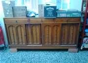 Hermoso y funcional mueble en roble tipo bifé, varios usos