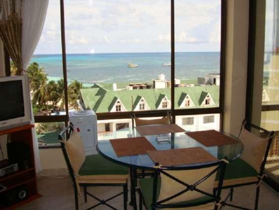 Apartamento amoblado con vista al mar para semana santa