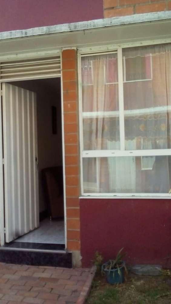 Vendo casa en alameda san jose v kenedy