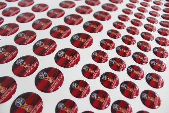 Stickers calcomanias adhesivos con volumen resinados en alto relieve