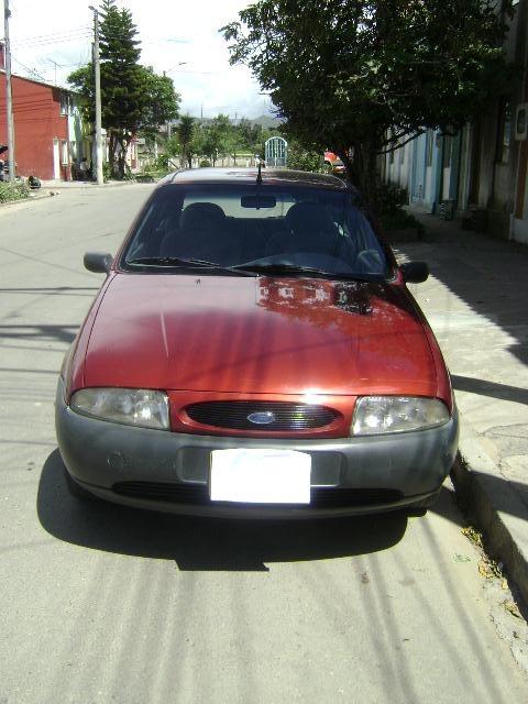 Ford fiesta 2000. 1300cc. en muy buen estado
