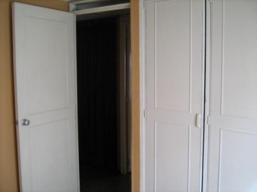 Arriendo habitacion con closet y servicios