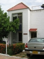 Alquiler casa condominio Girardot via al peñon