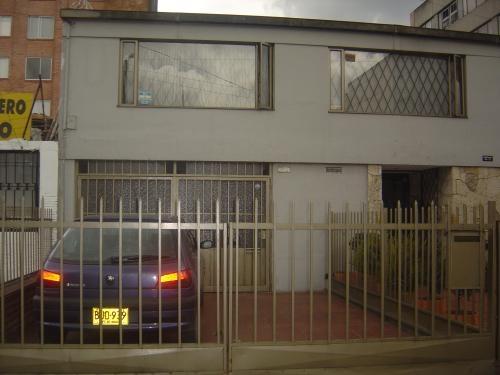Casa lote en el contry calle 85 con cra 16