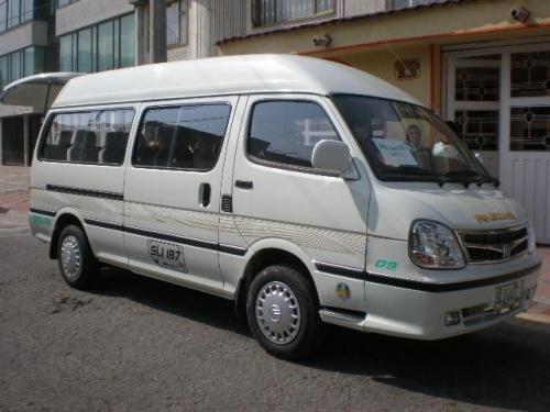 Servicio van escolar 18 pasajeros - modelo 2008
