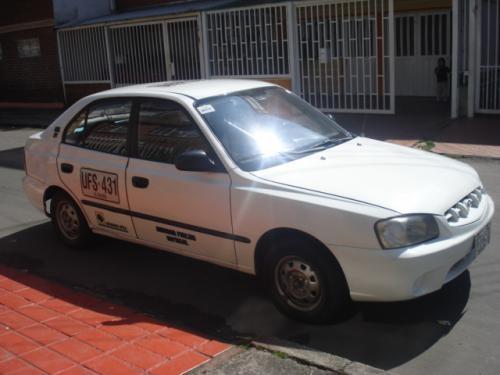 Taxi blanco operacion nacional servicio publico