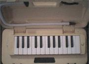Melodica yamaha pianica p-25f