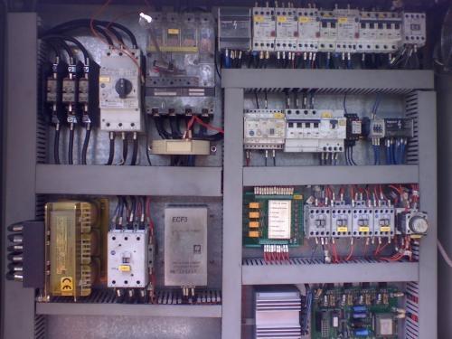 Tecnico electricista - mantenimiento electrico profesional