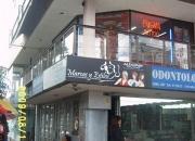 Arriendo / Vende Oficina/Local en Sector Comecial en Galerias