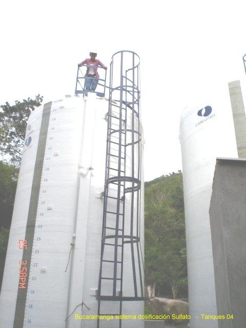 Reparacion tanques en fibra de vidrio