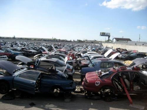 Fotos de Repuestos accesorios de carros nuevos y usados 1
