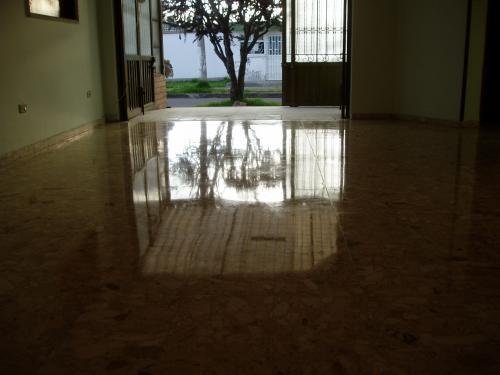 Sellado de pisos pulida y cristalizados 100%sin polvo brillo espejo