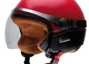 vendo casco rojo marca vespa nuevo