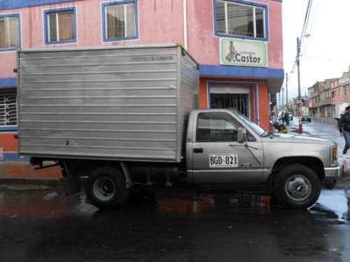 Fotos de Cheyenne tipo furgon con trabajo, excelente estado 4