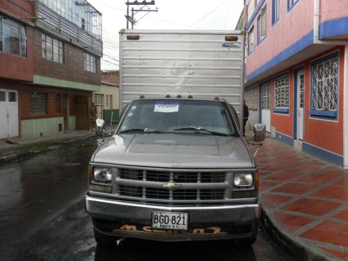 Fotos de Cheyenne tipo furgon con trabajo, excelente estado 2