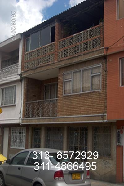 Vendo casa 3 pisos barrio galan