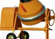 Somos fabricantes de mezcladoras de concreto, pluma grúa, cortadora de ladrillo y pavimento, vibradores eléctrico y gasolina, motobombas, canguros marca mikasa importados, vibrocompactador tipo rana,