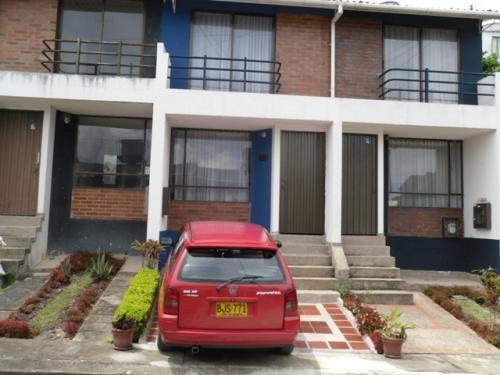 En Venta Casa En Conjunto Cerrado En Fusagasuga En Cundinamarca