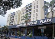 Venta local comercial - torres del refugio plaza